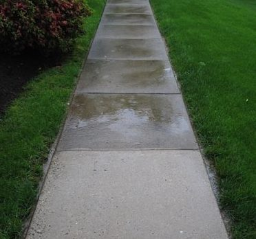 commercial concrete cleaning service